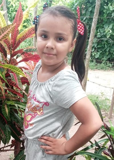 Help Elizabeth Cristal by becoming a child sponsor. Sponsoring a child is a rewarding and heartwarming experience.