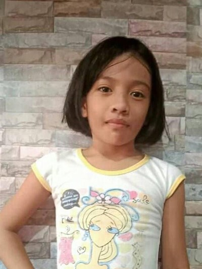 Help Angeline R. by becoming a child sponsor. Sponsoring a child is a rewarding and heartwarming experience.