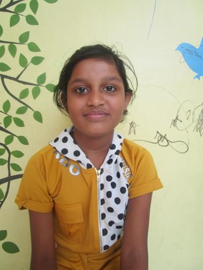 Help Megla by becoming a child sponsor. Sponsoring a child is a rewarding and heartwarming experience.