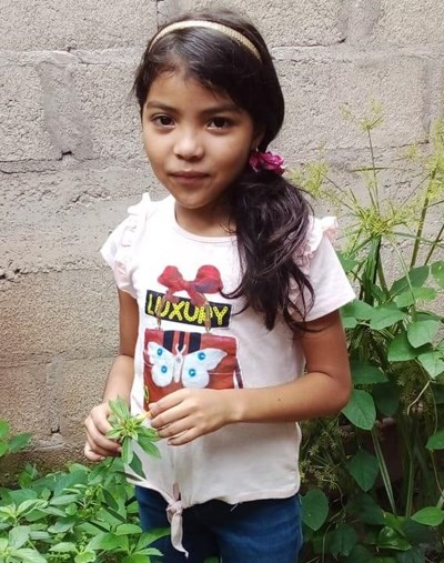 Help Valeria Linette by becoming a child sponsor. Sponsoring a child is a rewarding and heartwarming experience.