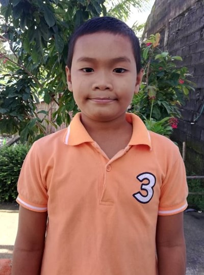 Help Jhon Pekems E. by becoming a child sponsor. Sponsoring a child is a rewarding and heartwarming experience.