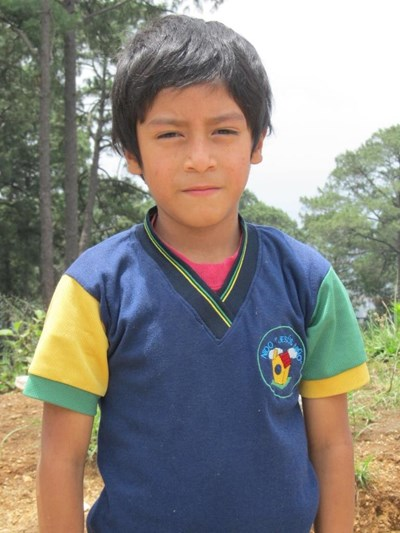 Help Oscar Mateo by becoming a child sponsor. Sponsoring a child is a rewarding and heartwarming experience.