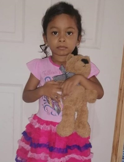 Help Flor Marisol by becoming a child sponsor. Sponsoring a child is a rewarding and heartwarming experience.
