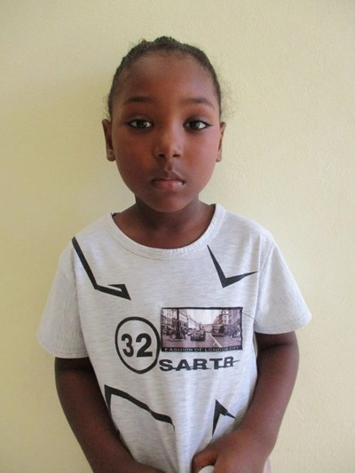 Help Dariel Camilo by becoming a child sponsor. Sponsoring a child is a rewarding and heartwarming experience.