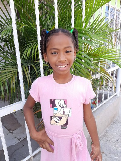 Help Saddy Jhoana by becoming a child sponsor. Sponsoring a child is a rewarding and heartwarming experience.