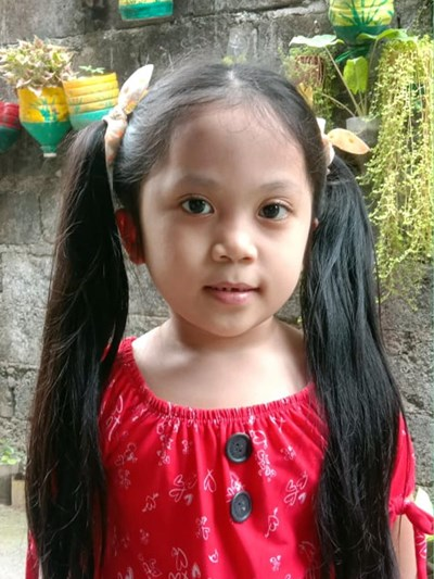 Help Angelica G. by becoming a child sponsor. Sponsoring a child is a rewarding and heartwarming experience.