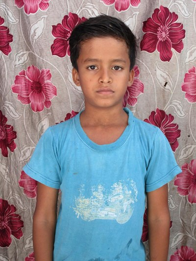 Help Ramjan by becoming a child sponsor. Sponsoring a child is a rewarding and heartwarming experience.