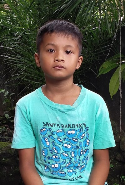 Help Raymart B. by becoming a child sponsor. Sponsoring a child is a rewarding and heartwarming experience.