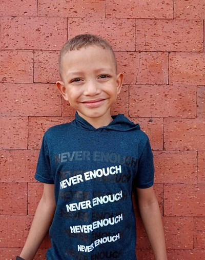 Help Luis Snaider by becoming a child sponsor. Sponsoring a child is a rewarding and heartwarming experience.