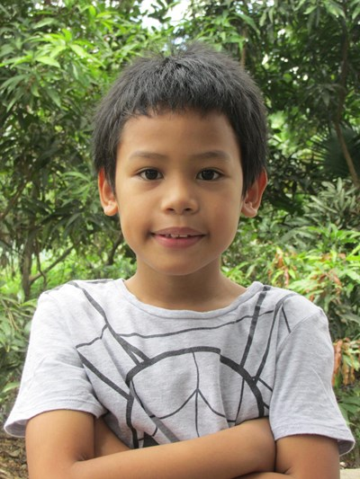 Help Ryan Klyde by becoming a child sponsor. Sponsoring a child is a rewarding and heartwarming experience.