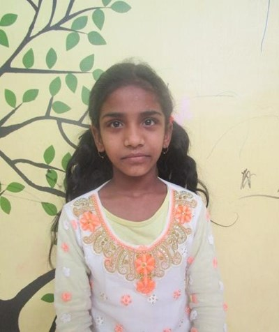 Help Zikra by becoming a child sponsor. Sponsoring a child is a rewarding and heartwarming experience.
