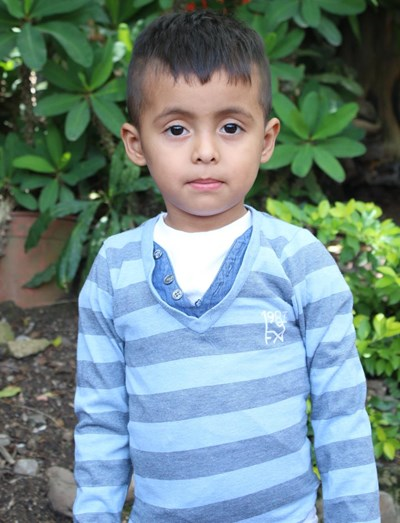 Help Cesar Fabricio by becoming a child sponsor. Sponsoring a child is a rewarding and heartwarming experience.