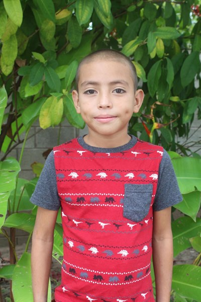 Help Edwin Donaldo by becoming a child sponsor. Sponsoring a child is a rewarding and heartwarming experience.