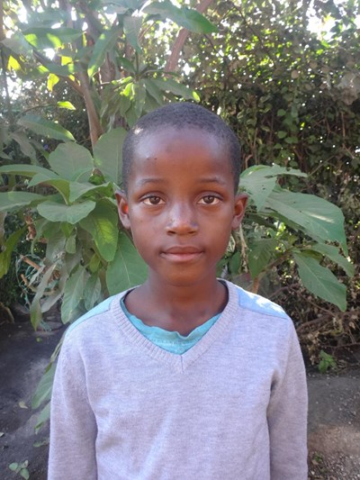 Help Daniel Mambwe by becoming a child sponsor. Sponsoring a child is a rewarding and heartwarming experience.