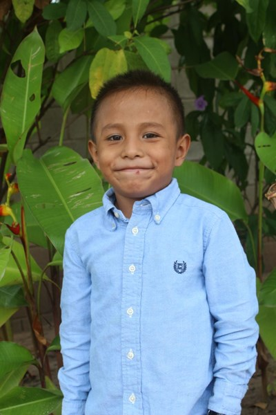 Help Jose Andres by becoming a child sponsor. Sponsoring a child is a rewarding and heartwarming experience.