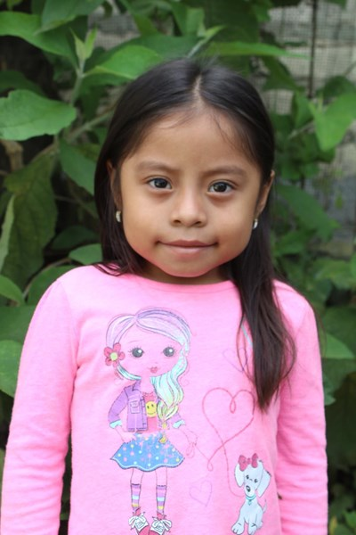 Help Genesis Anahi by becoming a child sponsor. Sponsoring a child is a rewarding and heartwarming experience.