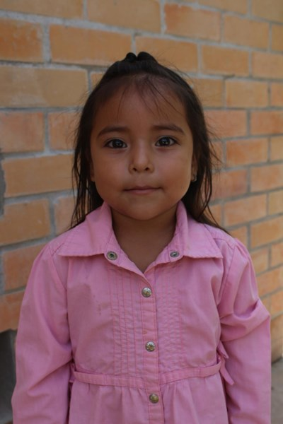Help Yozari Yolibeth by becoming a child sponsor. Sponsoring a child is a rewarding and heartwarming experience.