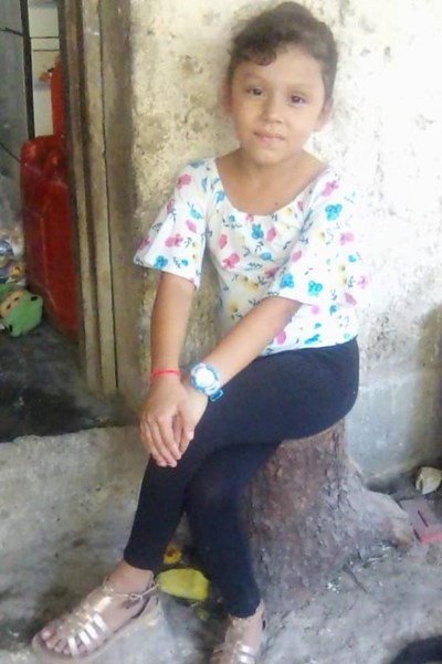 Help Dania Yosari by becoming a child sponsor. Sponsoring a child is a rewarding and heartwarming experience.