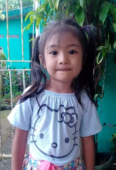 Help Alexalem Mae B. by becoming a child sponsor. Sponsoring a child is a rewarding and heartwarming experience.