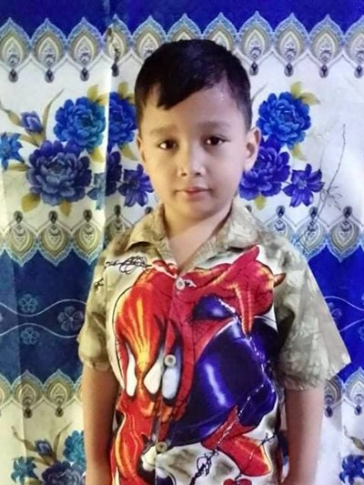 Help Lawrence Dave R. by becoming a child sponsor. Sponsoring a child is a rewarding and heartwarming experience.