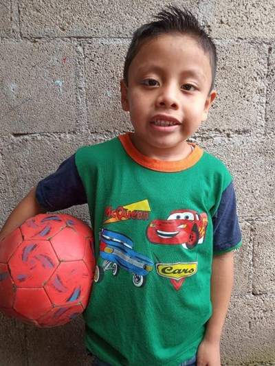 Help Jhonatan Antonio by becoming a child sponsor. Sponsoring a child is a rewarding and heartwarming experience.