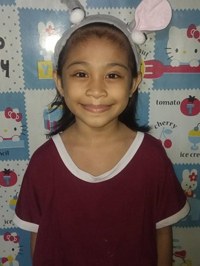 Help Chantel E. by becoming a child sponsor. Sponsoring a child is a rewarding and heartwarming experience.