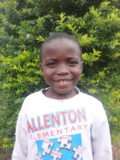 Help Martine by becoming a child sponsor. Sponsoring a child is a rewarding and heartwarming experience.