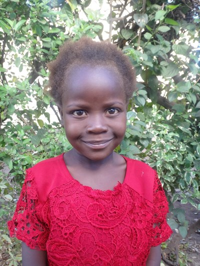 Help Vanessa by becoming a child sponsor. Sponsoring a child is a rewarding and heartwarming experience.