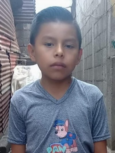 Help Alex Eduardo by becoming a child sponsor. Sponsoring a child is a rewarding and heartwarming experience.