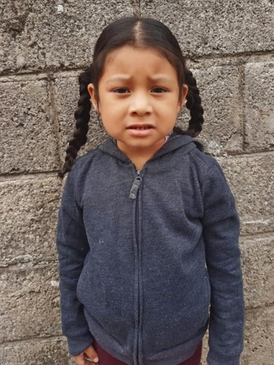 Help Marilyn Dayana by becoming a child sponsor. Sponsoring a child is a rewarding and heartwarming experience.