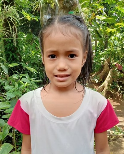Help Jasmine S. by becoming a child sponsor. Sponsoring a child is a rewarding and heartwarming experience.