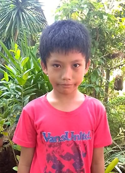 Help Girom B. by becoming a child sponsor. Sponsoring a child is a rewarding and heartwarming experience.