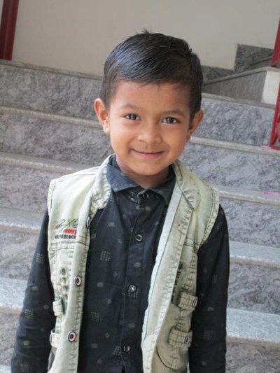 Help Hanok by becoming a child sponsor. Sponsoring a child is a rewarding and heartwarming experience.