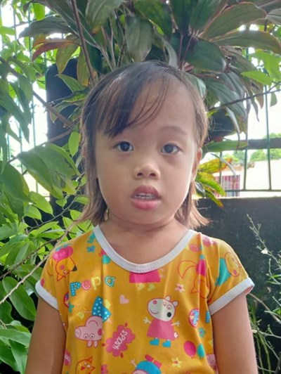 Help Mealhyn S. by becoming a child sponsor. Sponsoring a child is a rewarding and heartwarming experience.