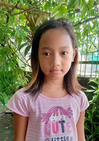 Help Nadine O. by becoming a child sponsor. Sponsoring a child is a rewarding and heartwarming experience.