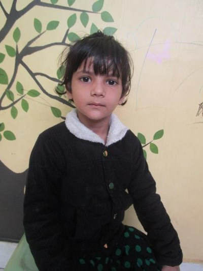 Help Zubiya by becoming a child sponsor. Sponsoring a child is a rewarding and heartwarming experience.