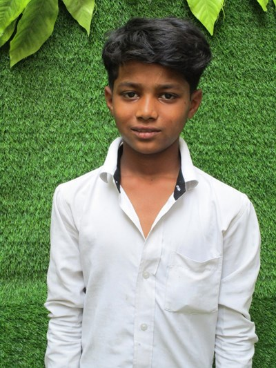Help Arman by becoming a child sponsor. Sponsoring a child is a rewarding and heartwarming experience.