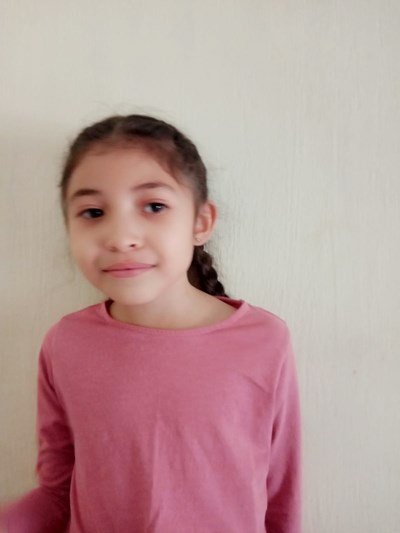 Help Melanie by becoming a child sponsor. Sponsoring a child is a rewarding and heartwarming experience.