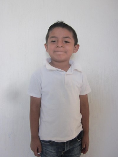 Help Kevin Yahir by becoming a child sponsor. Sponsoring a child is a rewarding and heartwarming experience.