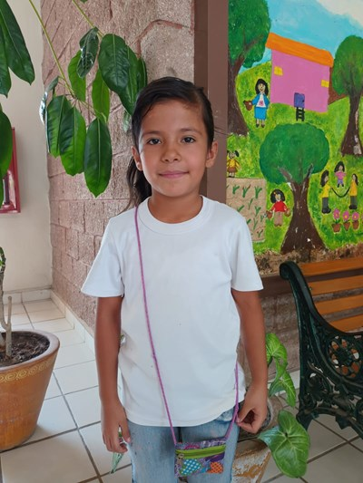 Help Citlallí Valentina by becoming a child sponsor. Sponsoring a child is a rewarding and heartwarming experience.