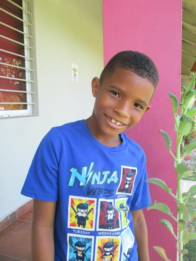 Help Wainel Yoriel by becoming a child sponsor. Sponsoring a child is a rewarding and heartwarming experience.