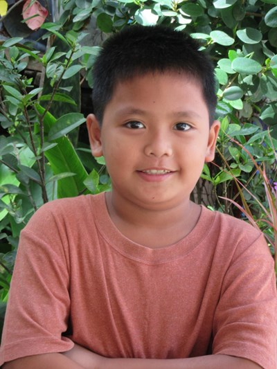 Help Jon Jon M. by becoming a child sponsor. Sponsoring a child is a rewarding and heartwarming experience.