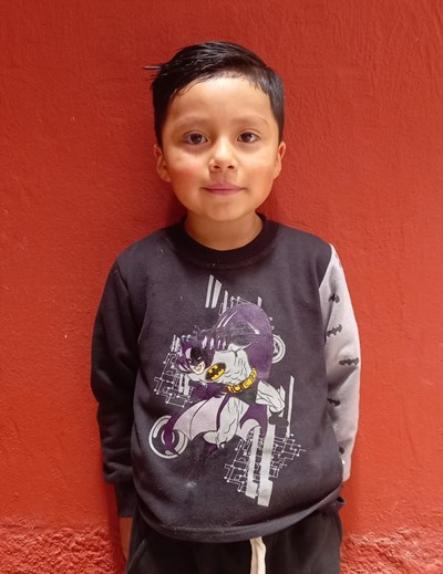 Help Iaan Isaac by becoming a child sponsor. Sponsoring a child is a rewarding and heartwarming experience.