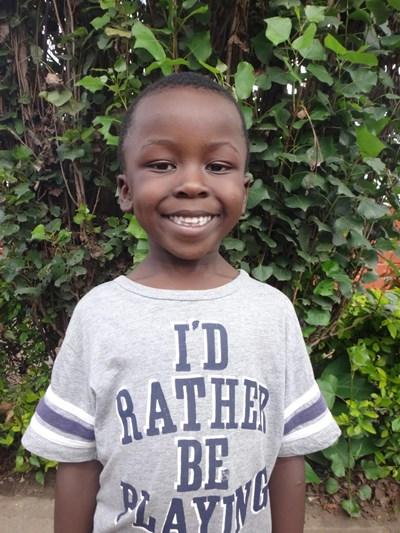 Help Steven Sipho by becoming a child sponsor. Sponsoring a child is a rewarding and heartwarming experience.