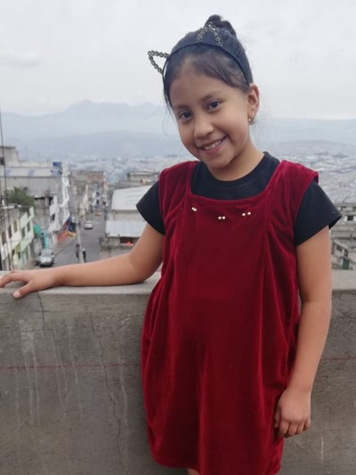 Help Danna Kamyla by becoming a child sponsor. Sponsoring a child is a rewarding and heartwarming experience.