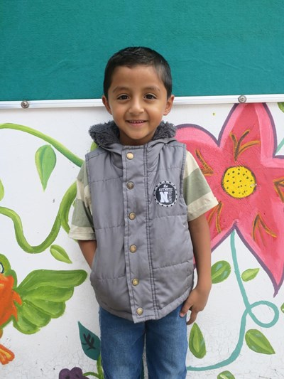 Help Dilan Andres by becoming a child sponsor. Sponsoring a child is a rewarding and heartwarming experience.