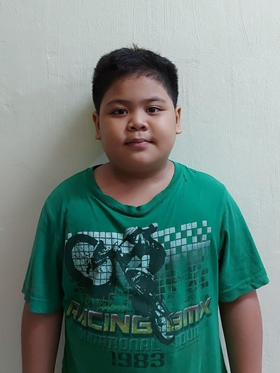 Help Louie Abe O. by becoming a child sponsor. Sponsoring a child is a rewarding and heartwarming experience.