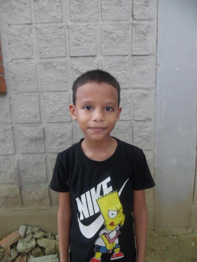 Help Josuar Isat by becoming a child sponsor. Sponsoring a child is a rewarding and heartwarming experience.