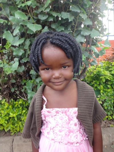 Help Miracle by becoming a child sponsor. Sponsoring a child is a rewarding and heartwarming experience.