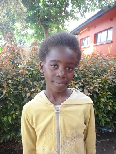 Help Ebeneza by becoming a child sponsor. Sponsoring a child is a rewarding and heartwarming experience.